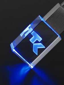 Glas USB Stick mit blauer LED und Kundenlogo